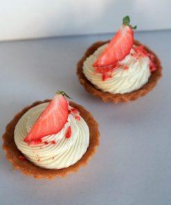 Mascarpone vanilka a mrazom sušené jahody od FRESH SNACK Trenčín