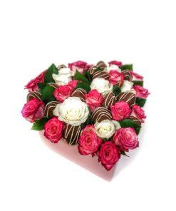 """Luxusný box z ruží a jahôd """"Janka"""" - 4 veľkosti (kruh/srdce)"""