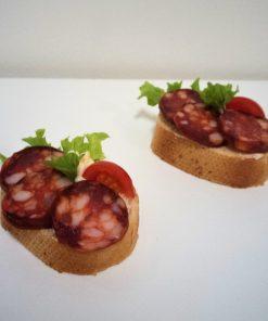 Klobasova kanapka od fRESH SNACK Trenčín